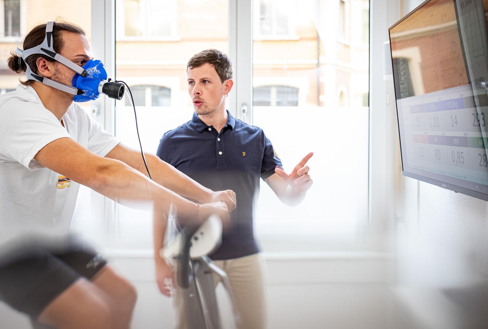 Körperanalyse und die passenden Supplemente dazu – so machen es die Pros. 2